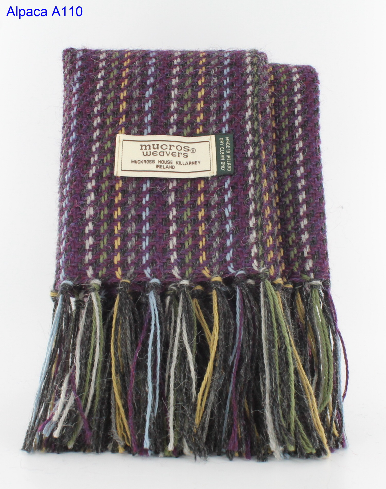 Read more about the article Alpaca Scarf A110
