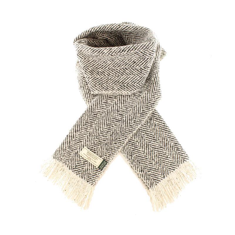 Mucros Weavers donegal tweed scarf DT54