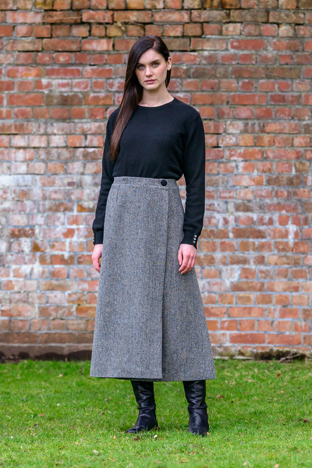 Mucros Weavers Skirt 01
