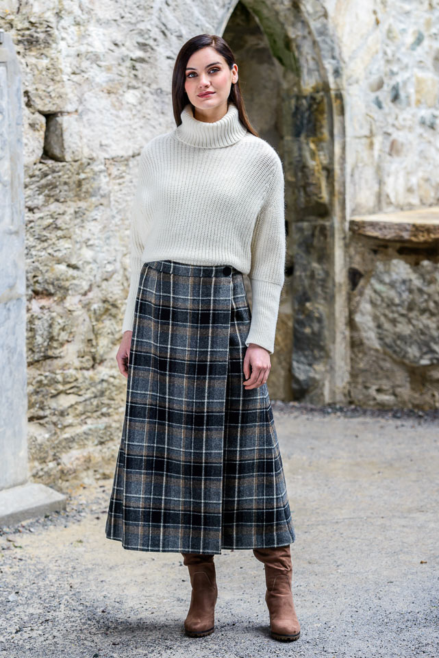 Mucros Weavers Skirt 21